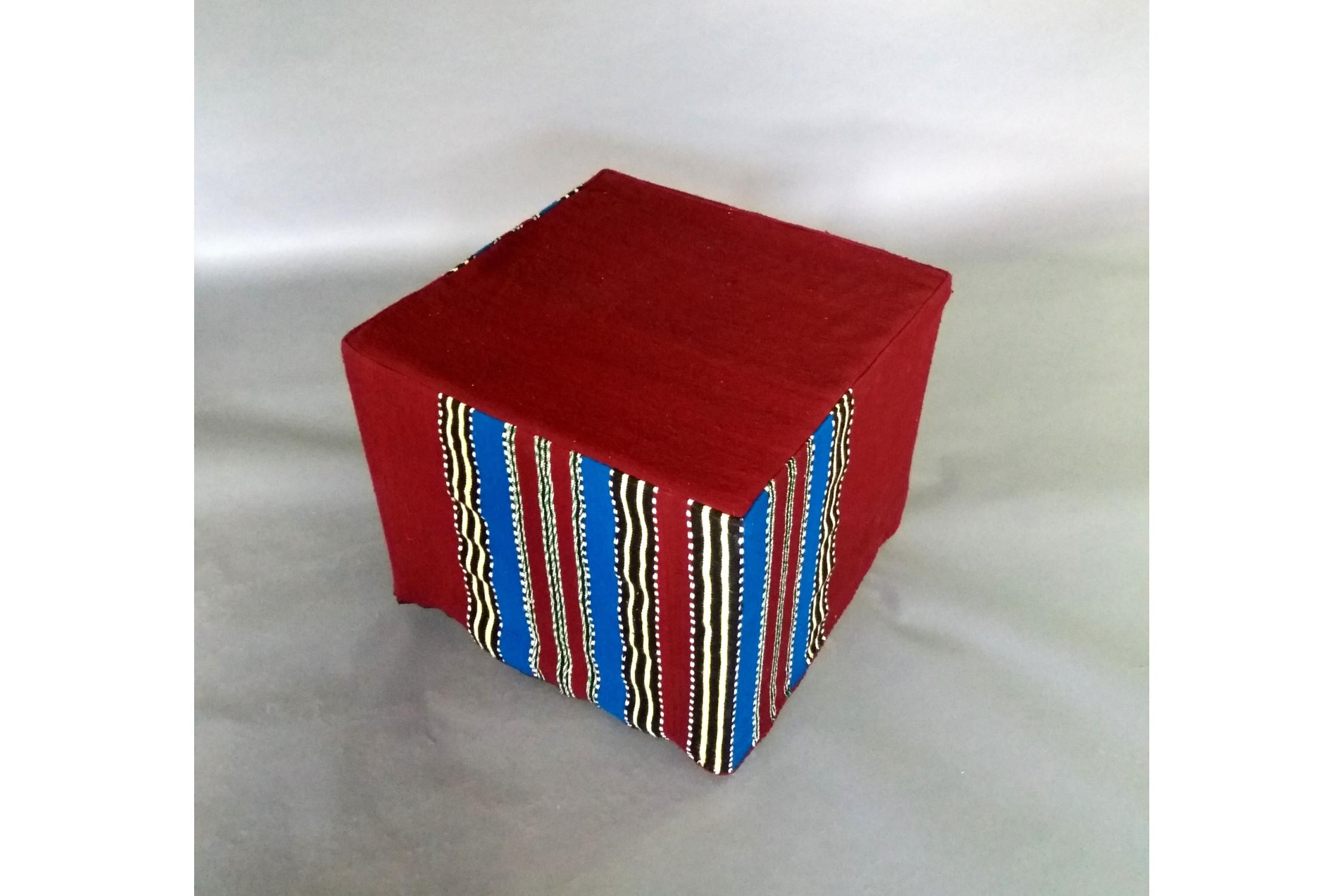 Cub Tesatura Traditionala T06